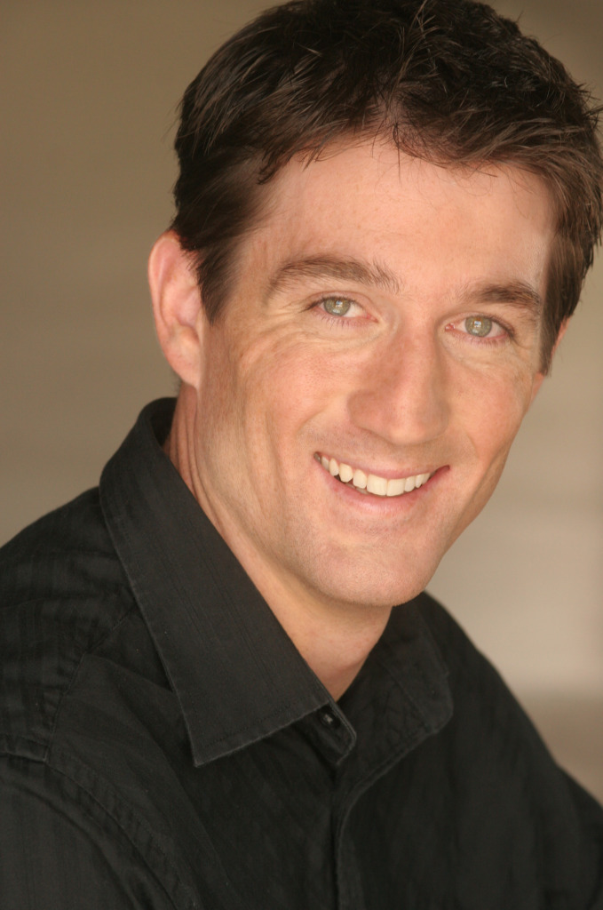 Simon Provan - Headshot